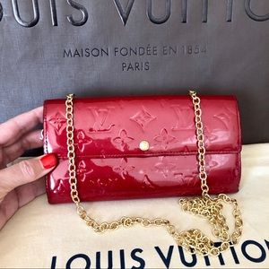 Louis Vuitton Red Vernis Sarah Wallet with Chain